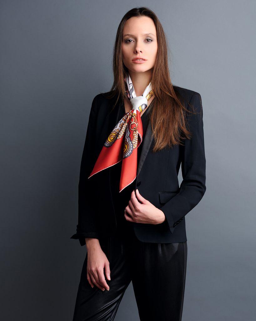 mannequin femme foulard