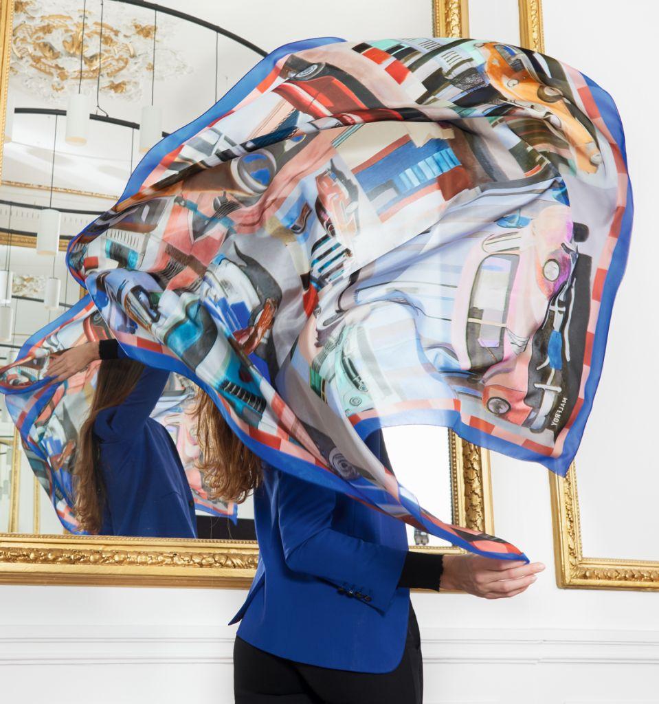 Foulard démocratisant l'art